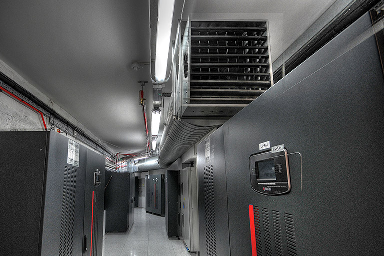 The only UK data centre with 2(N+N) UPS redundancy